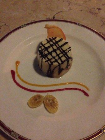 Grand Aston Bali Beach Resort: Giorgios Italian Restaurant at the Grand Aston - Panna Cotta desert