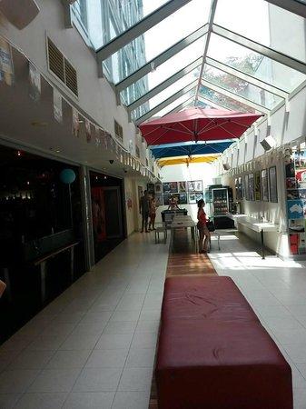 BASE Backpackers St Kilda: the atrium
