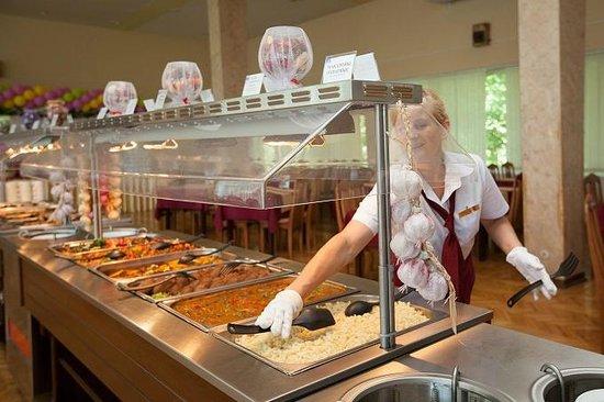 Akter Resort: Еда