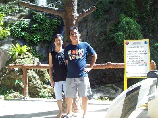 Tamaraw Waterfalls : me and my brother @ tamaraw falls