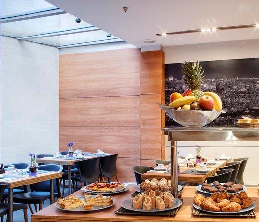 Barcelona Century Hotel: foto desayuno
