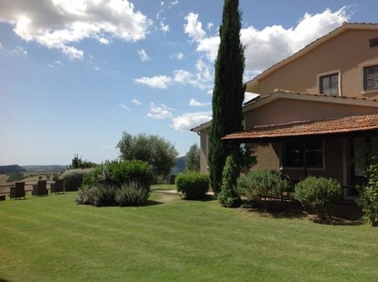 Quercia Rossa Farmhouse : quercia = relax