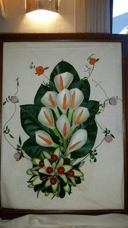 Galanias Hotel & Retreat Domos Galanas: Un quadro fatto con le verdure.