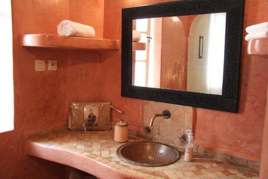Riad Zelaka : Salle de bains