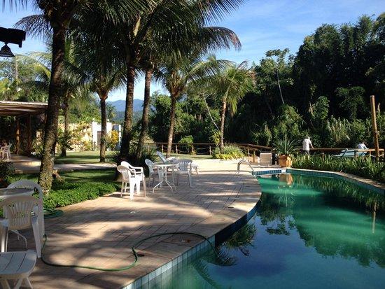 Pousada Aguas de Paratii: Área externa (vista do café da manhã)