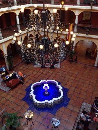 Hôtel El Andaluz : Le hall