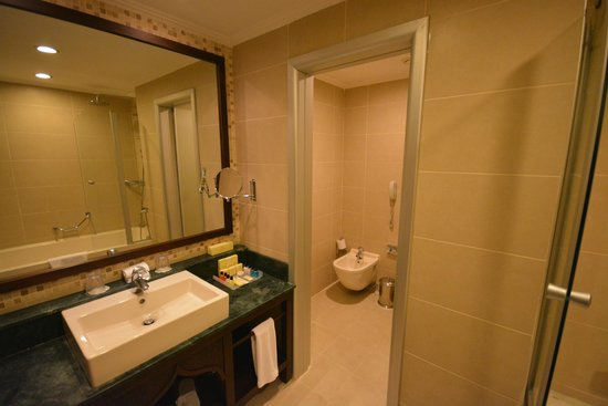 Crowne Plaza Hotel Antalya: Junior Suite on the 9th Floor
