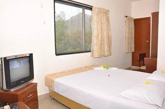 Hotel Ashreya: Standard Room