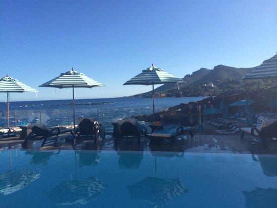 Tiara Miramar Beach Hôtel & Spa: Vista da piscina