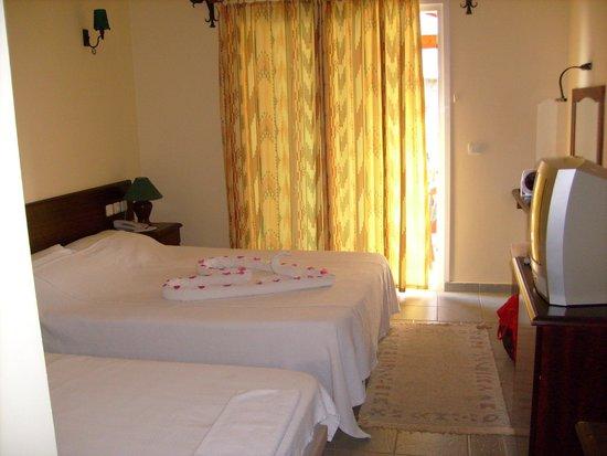 Serene Beach Resort: hotel