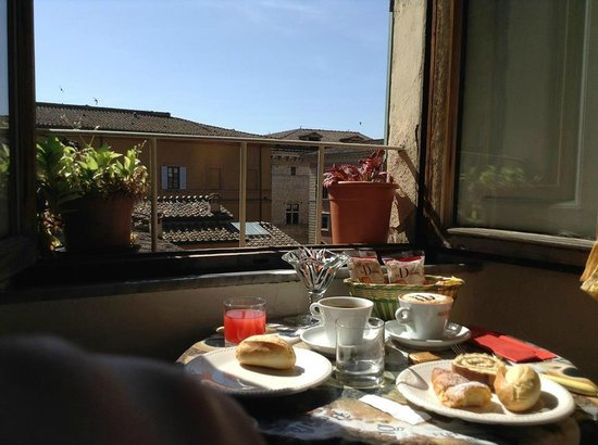 Hotel Centrale: View from breakfast table