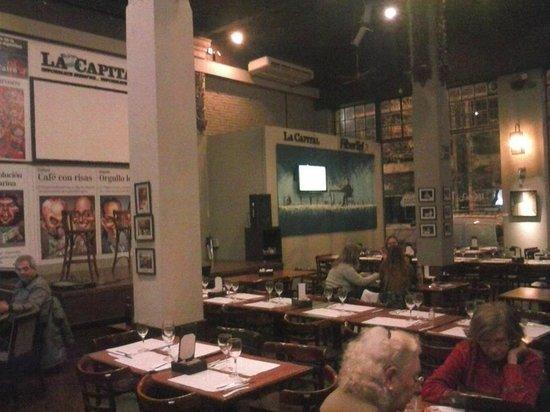 Bar El Cairo: Otra foto del interior