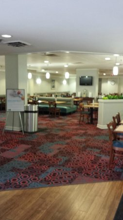 Holiday Inn Express Nashville Downtown Conference Center: Breakfast area