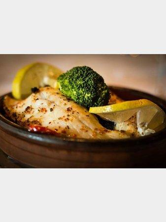 Leziz Restaurant Dalston Junction: Kiremitte Levrek