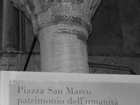 Piazza San Marco (Place St Marc) : views of Snt Marks square