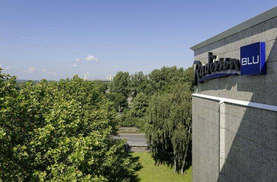 Radisson Blu Hotel Dortmund: Blick auf das Stadion