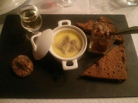 Da Mama: Entrée foie gras menu isula