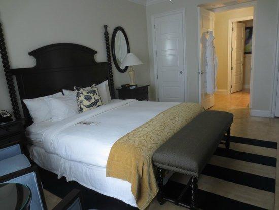 Key West Marriott Beachside Hotel: The Bedroom