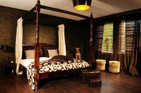 """Hotel Friends Mittelrhein: best friends room """"Afrika"""""""