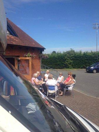 Dan's Den Pitstop Cafe: regular ladies get together