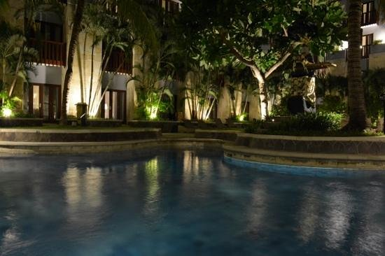 Hard Rock Hotel Bali: Chill Out Pool