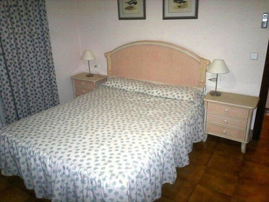 Muthu Royal Park Albatros: Camera da letto