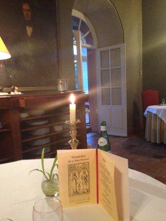 Abbaye de Villeneuve : La salle de restaurant
