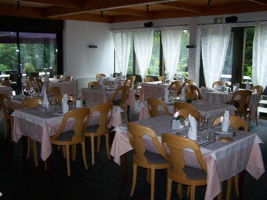 Clair Matin: Salle de restaurant