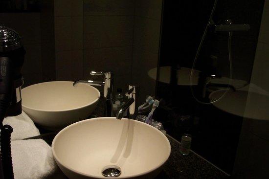 Motel One Wien-Prater: bagno