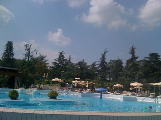 Continental Terme Hotel: une des piscines