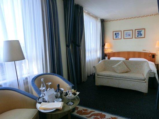 Savigny Hotel Frankfurt City: 新館客室