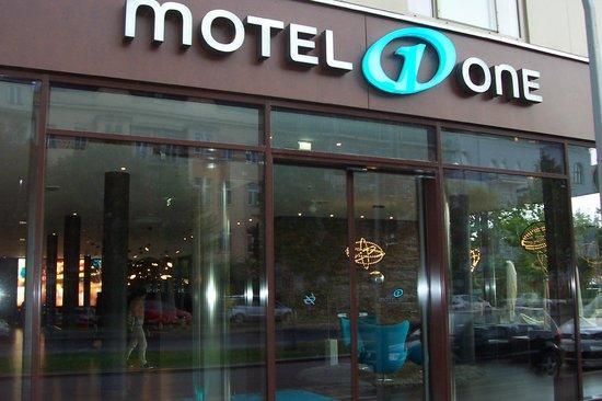 Motel One Wien-Prater: ingresso