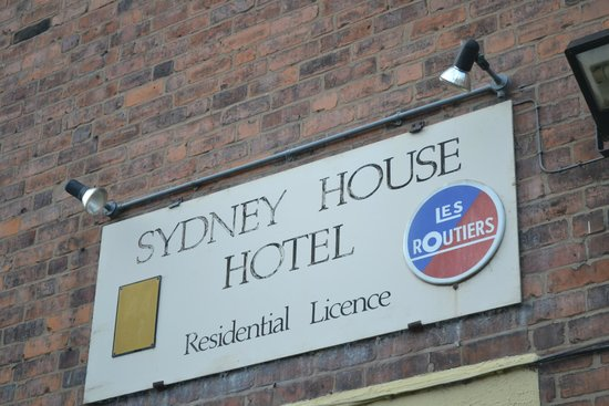 Sydney House: For those of us nostalgic for Les Routiers!