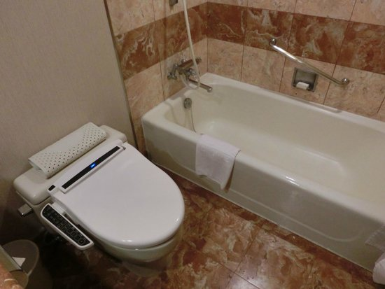 Sejong Hotel: バスルーム