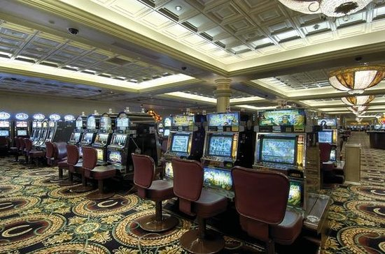 Caesars Windsor Casino amp Hotel reopening Thursday morning
