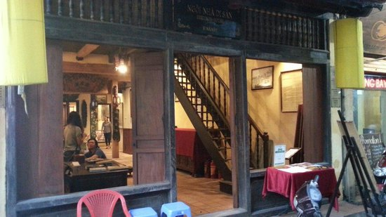 Casa Antigua: Lovely old style Hanoi house