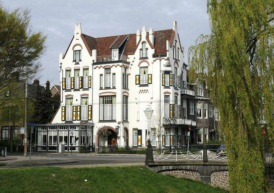 호텔 모렌달