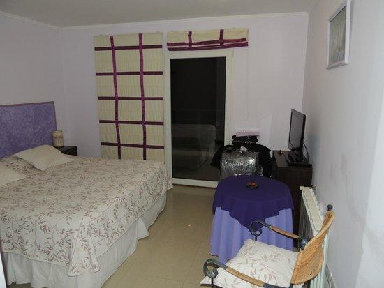 Altuen Hotel Suites&Spa: quarto