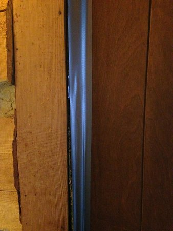 Galena Log Cabin Getaway: Front Door Mended With DUCT TAPE