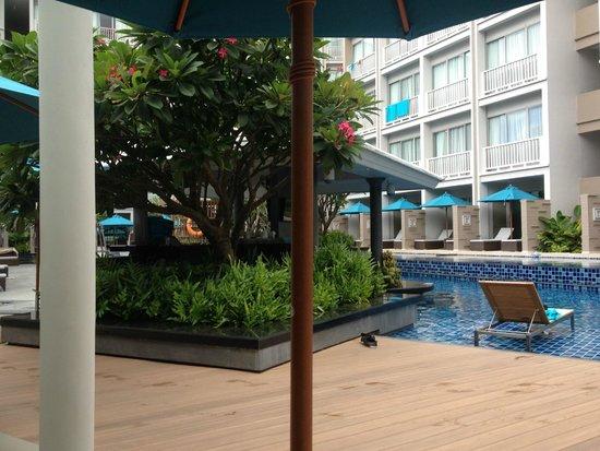 Deevana Plaza Phuket Patong: レストランからの眺め