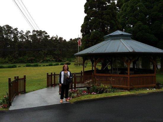 Kilauea Lodge: lindos jardins