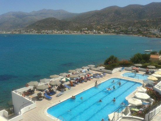 Horizon Beach Hotel : Our sea view room