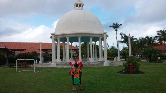 Melia Coco Beach : Wedding chapel.