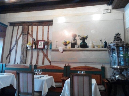 Restaurante Duque: Una joya de edificio del siglo XVI