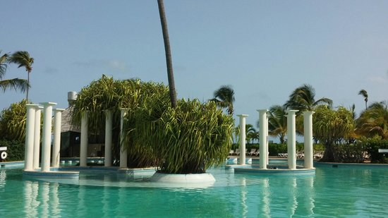 Melia Coco Beach : Lagoona pool.The biggest in the Caribbeans.