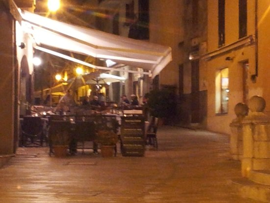 Alcudia Old Town : Evening in Alcudia town