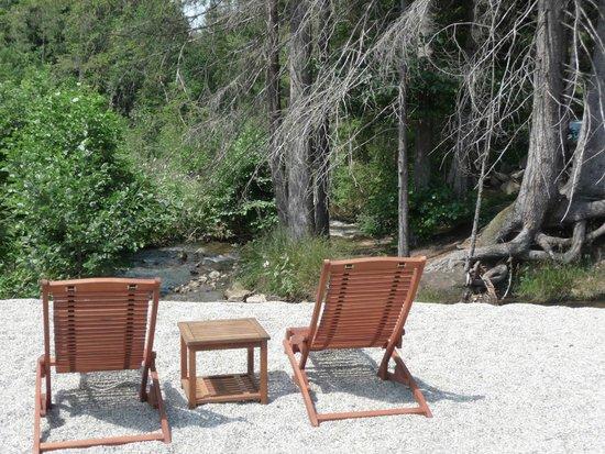 Landgasthof Zum Tierpark: Liegestühle am Strand