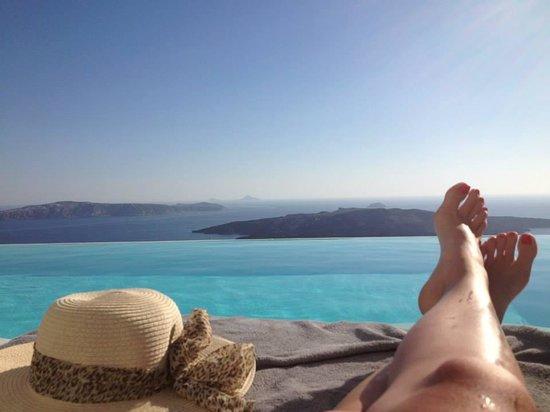 Cosmopolitan Suites Hotel : pool