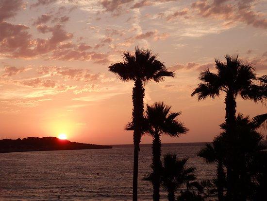 Hipotels Mediterraneo: Vista amanecer