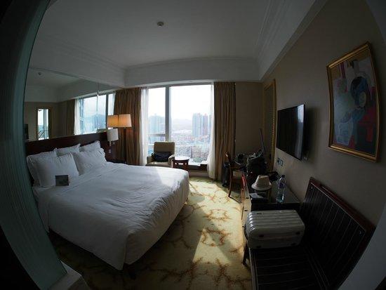 Cordis, Hong Kong : Spacious Room